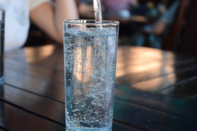 מים לשתיה